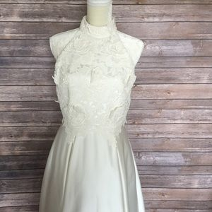 Pretty wedding Nicole Miller Ivory dress Sz 8